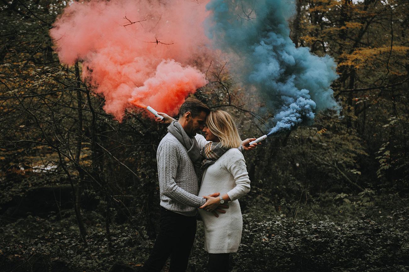 Seance Grossesse Automnale Avec Des Fumigenes Colores
